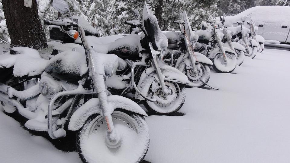 Zazimujte si motorku u nás