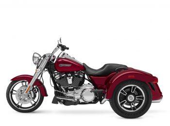 2018-Harley-Davidson-Freewheeler2