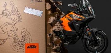UNBOXING KTM 1290 Super Adventure S 2021