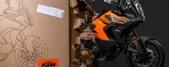 UNBOXING KTM 1290 Super Adventure S 2021